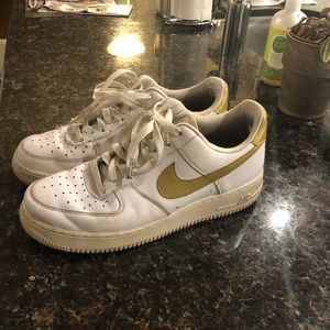 White & gold Air Force 1